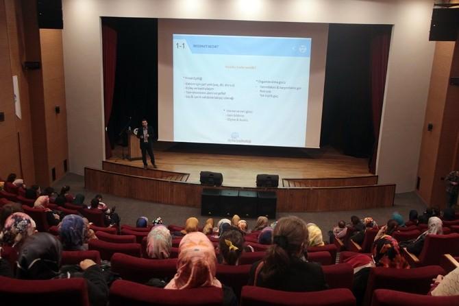 Marmara Üniversitesi Öğretim Üyesi Bilal Eren: Sosyal Medyayı Seven Bir Toplumuz