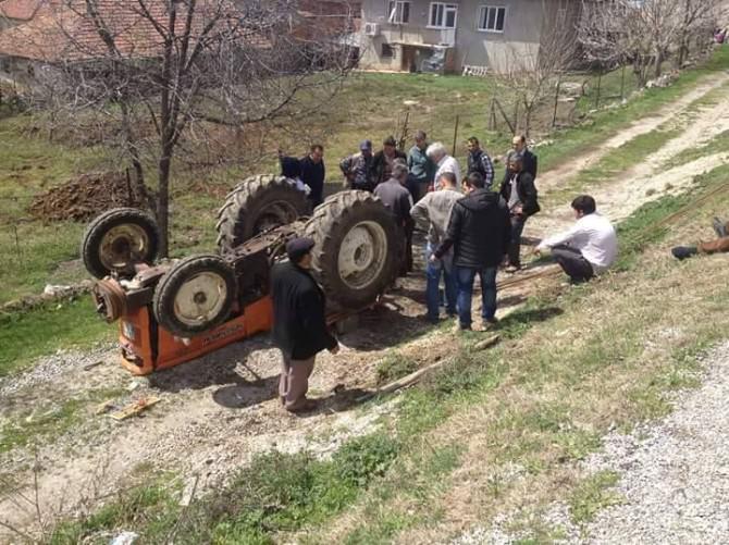 Sandıklı'da Traktör Kazası: 2 Yaralı