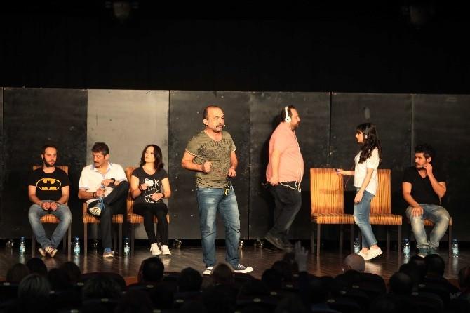 Komedi Festivali Yenimahalle'de Start Aldı