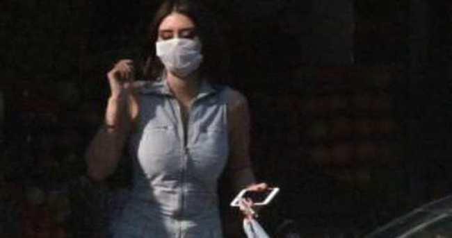 Ebru Polat'tan maskeli önlem