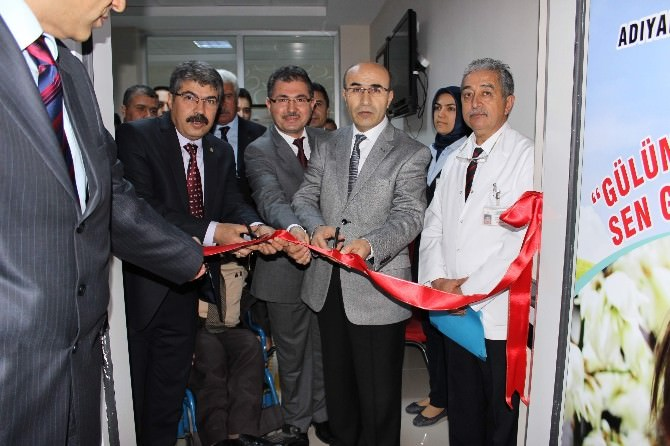 Engelliler İçin Özel Ağız Ve Diş Polikliniği Açıldı