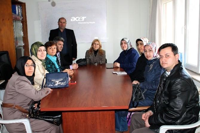 AK Partili Kadınlardan Engelliler Meclisine Ziyaret