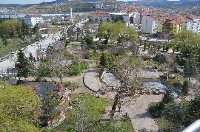 Osman Gazi Parkı Yepyeni Ve Modern Çehresiyle Bozüyüklülerle Buluşacak