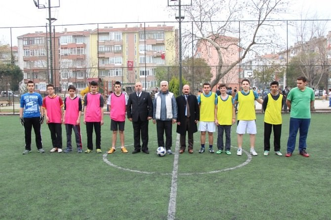 İsmetpaşa'da Futbol Turnuvası