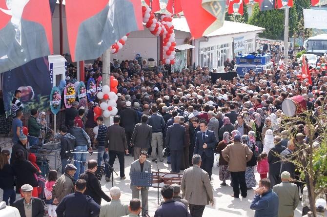 Çerçioğlu, Yazıkent Kapalı Pazar Yeri'nin Açılışını Yaptı