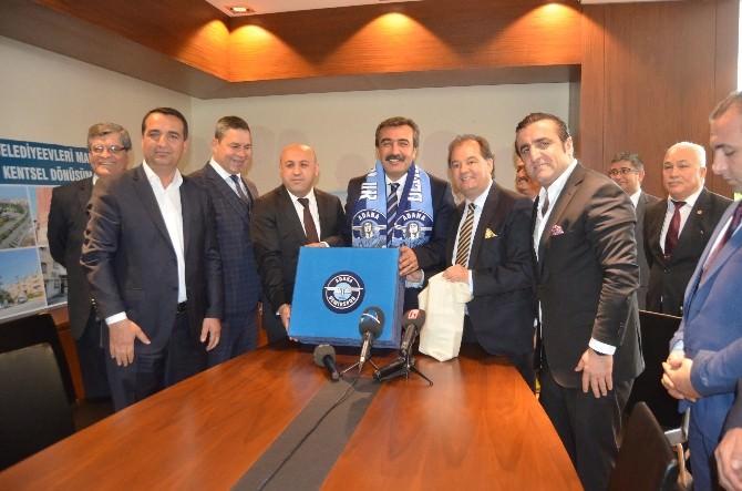Çukurova Belediyesi'nden Demirspor'a 250 Bin TL'lik Destek