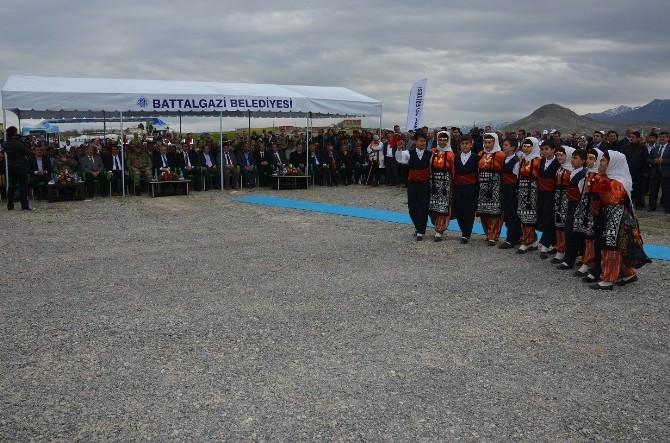 Battalgazi Belediyesi'nden Fidan Dikim Töreni