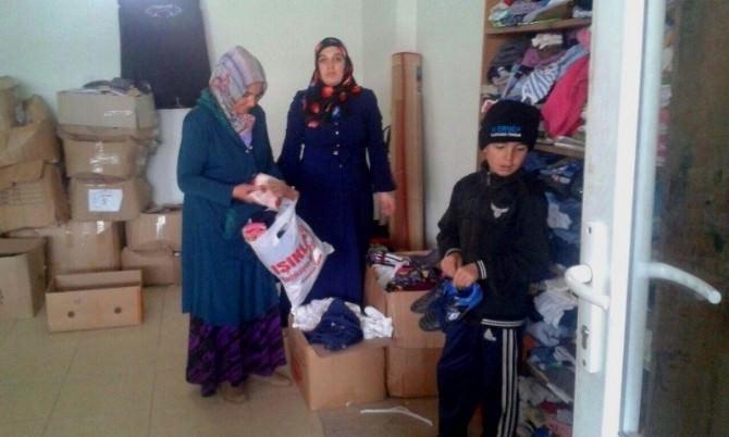 Kur'an Kurslarından Mültecilere Yardım