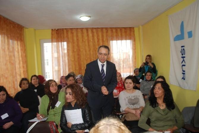 Çerkezköy Kaymakamı Kubilay, Halk Eğitimi Kurslarını Ziyaret Etti