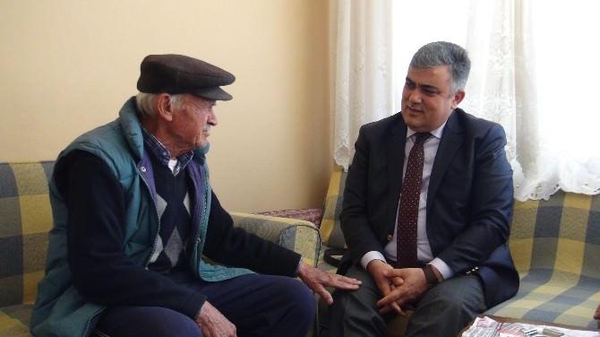 Başkan Özgüven'den Yaşlı Ve Hastalara Ziyaret