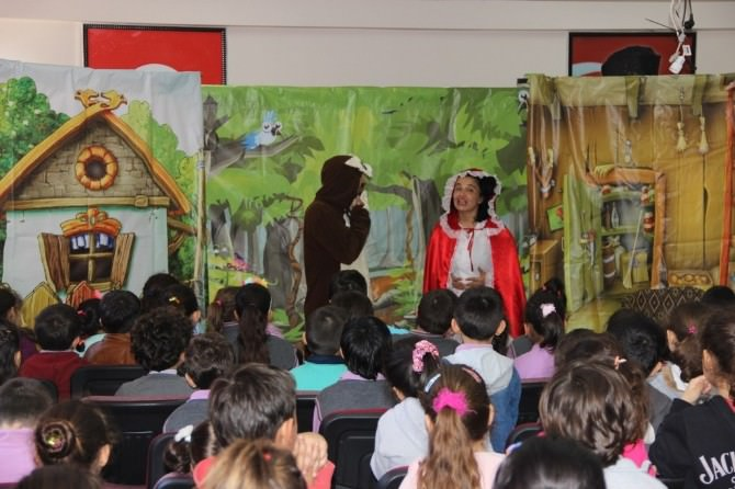 Orman Sevgisi Çocuklara Tiyatro İle Anlatıldı