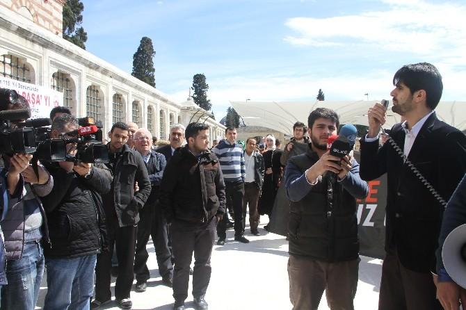 Fatih Camii'nde Terör Protestosu