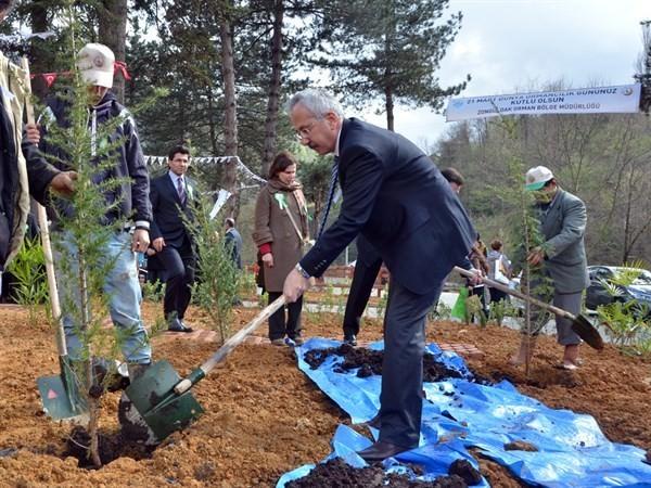 Zonguldak'ta Bir Okul Daha Hayat Buldu