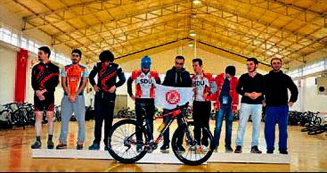 SDÜ Türkiye Şampiyonu