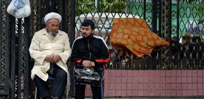 Doğu Türkistanlı alime hapis cezası