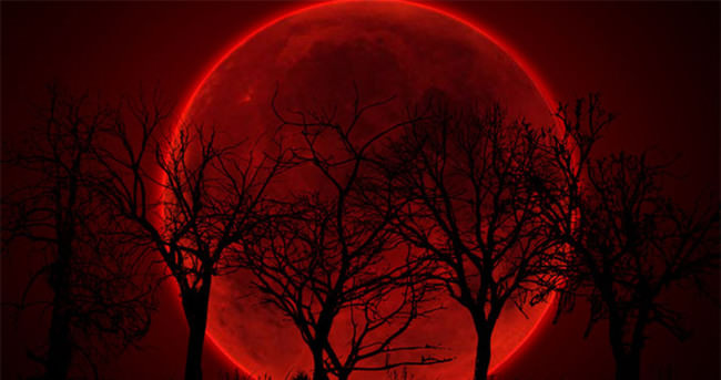 Kanlı ay tutulması gerçekleşiyor