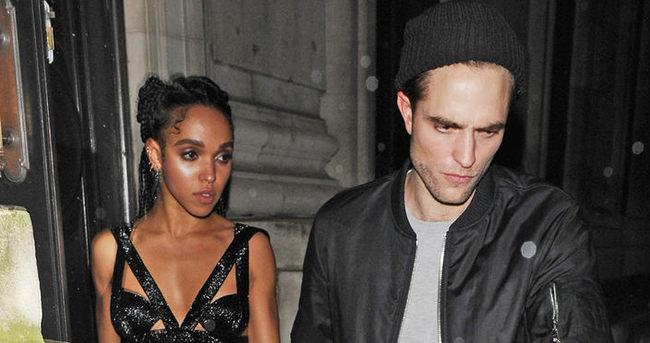 Robert Pattinson ile FKA Twigs nişanlandı