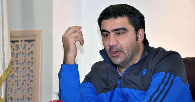 Ümit Özat Elazığspor'dan ayrılıyor