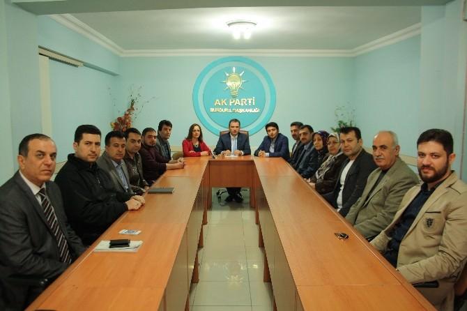 AK Parti'den Belediye Borcuna Eleştiri