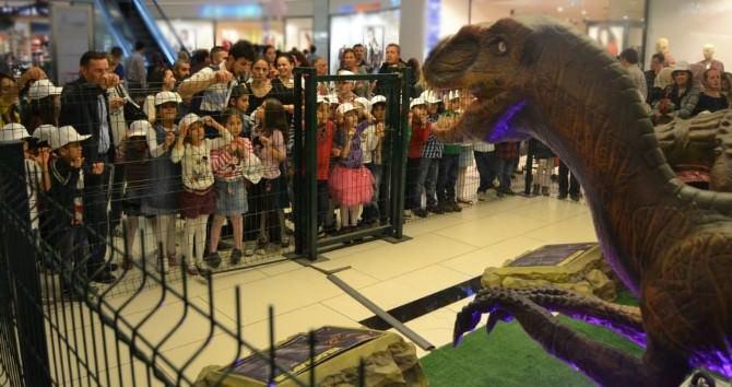 Dinozorların Dünyasını 23 Nisan'da Optimum'da Keşfedin