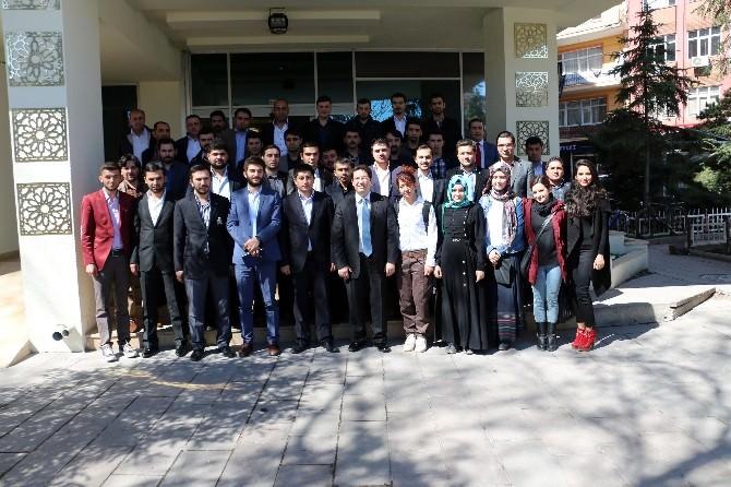 Başkan Yazgı'ya AK Gençlik'ten Ziyaret
