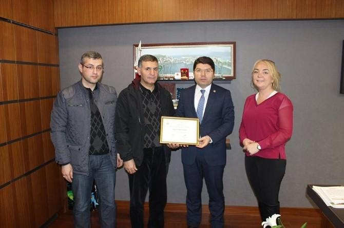 Tunç, Türkiye 1. Olan Bartın Halk Sağlığı Müdürlüğünü Tebrik Etti