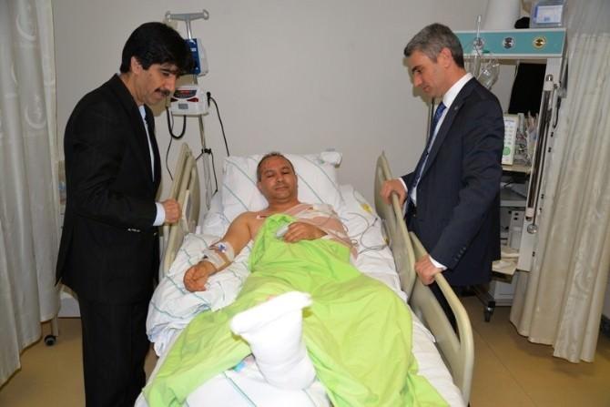 Vali'den Yaralı Sağlıkçılara Ziyaret