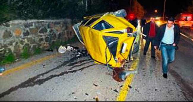 Trafik kazaları: Üç ölü, yedi yaralı