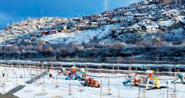 Başkentte kar sürprizi
