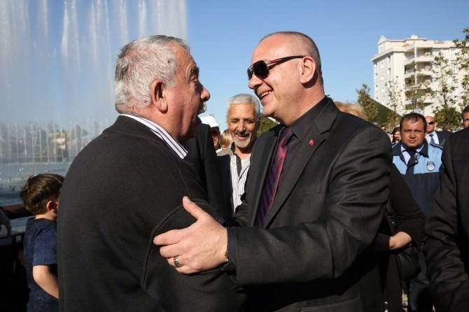 Atatürk Kent Parkı'nda Başkan'a Sevgi Seli