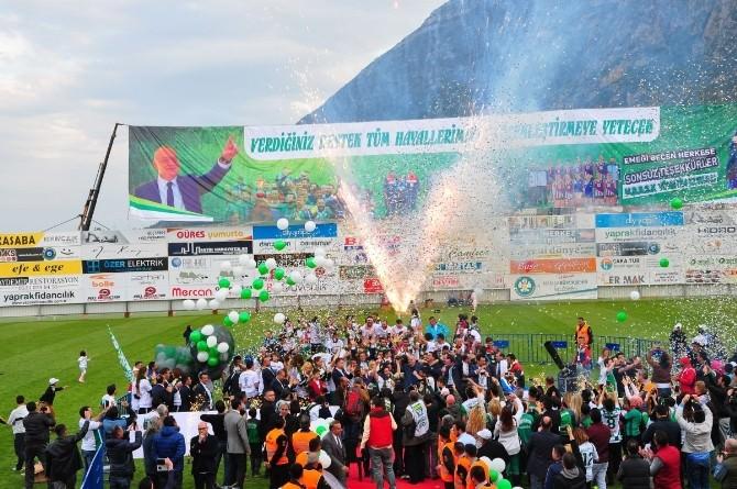 Manisa Büyükşehir Belediyespor Şampiyonluğunu İlan Etti