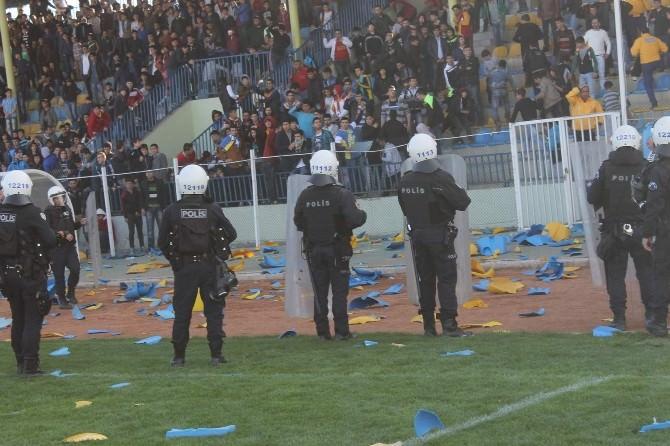 Siirt Kartalspor-kurtalanspor Maçında Olaylar Çıktı