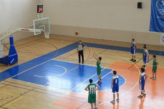 Küçük Erkekler Basketbol 4. Grup Müsabakaları Sona Erdi