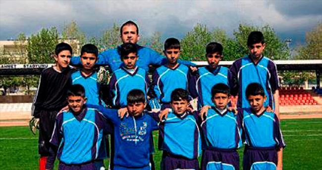 Mersin Büyükşehir'den 23 Nisan Futbol Turnuvası