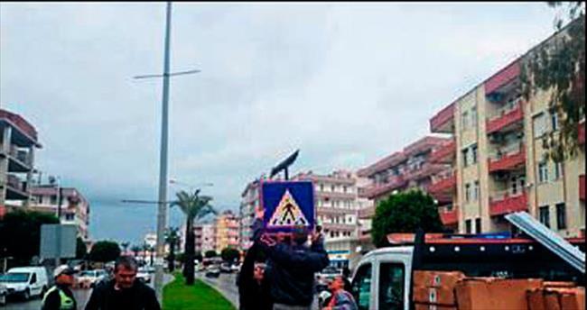 Manavgat trafiğine Büyükşehir makyajı