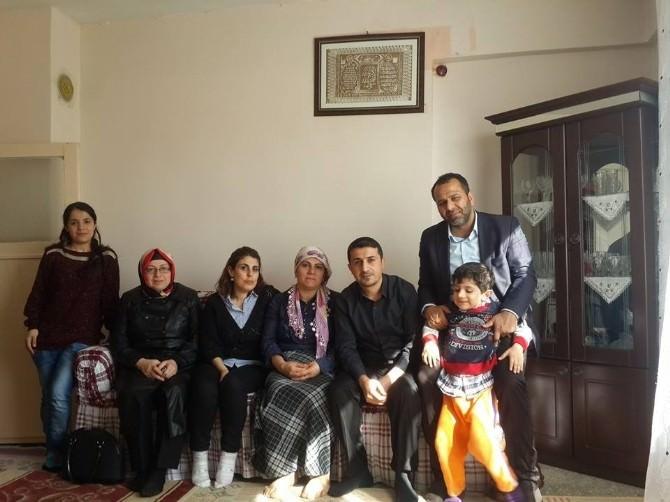 AK Parti'den Otizmli Çocuklara Ziyaret