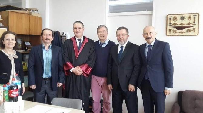 Prof. Dr. Bağış, Seçim Çalışmalarının Yanında Bilimsel Çalışmalarına Devam Ediyor