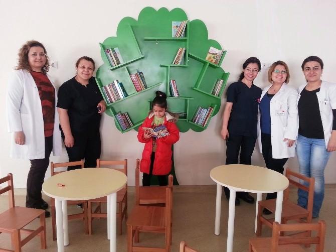 Dörtçelik Çocuk Hastanesine Kütüphane