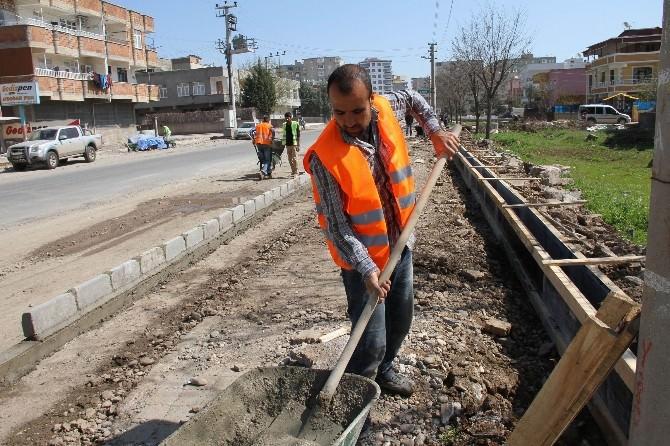 Bağlar Belediyesi'nde Parke Ve Kaldırım Çalışmalarına Başlandı