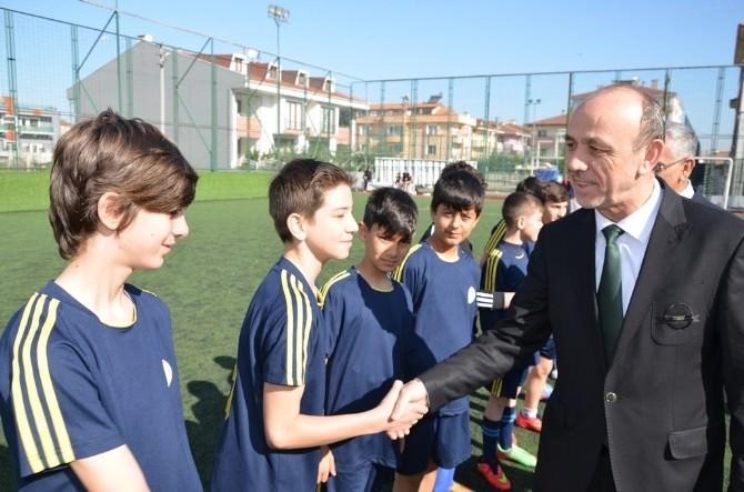 Erenler'de Öğrencilerin Futbol Heyecanı Başladı
