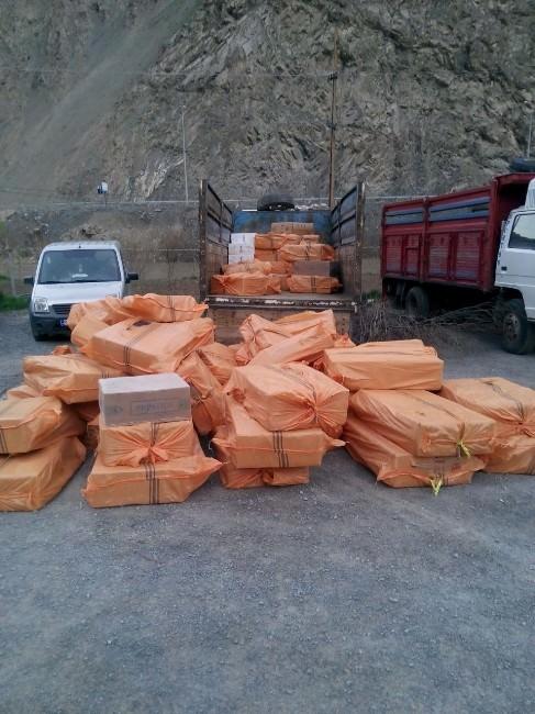 Hakkari'de 65 Bin Paket Sigara Ele Geçirildi