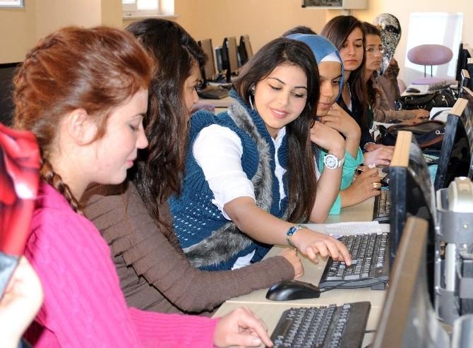 7 Aralık Üniversitesi Ulusal Yazılım Üretmeye Başladı