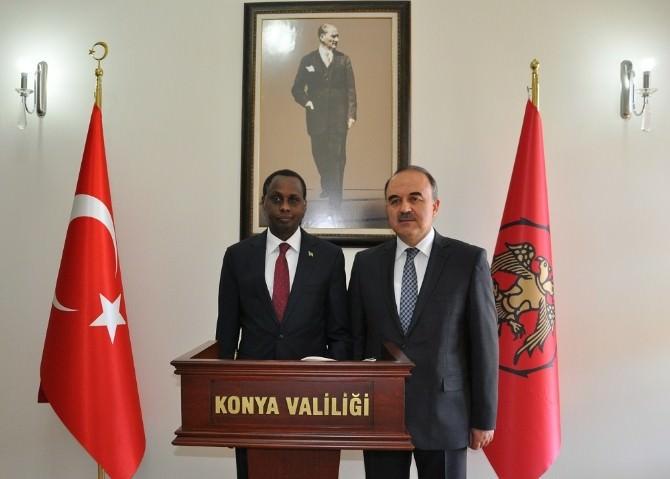 Ruanda Büyükelçisi Vali Erol'u Ziyaret Etti