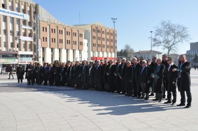 Sakarya'da Avukatlar Günü Kutlandı
