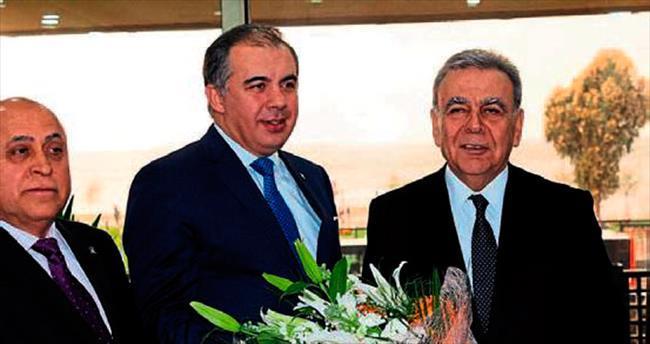 İzmir siyasetinden dostluk mesajları