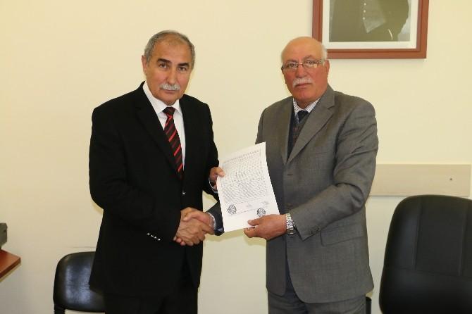 Erzincan TSO Başkanı Süleyman Sarak Mazbatasını Aldı
