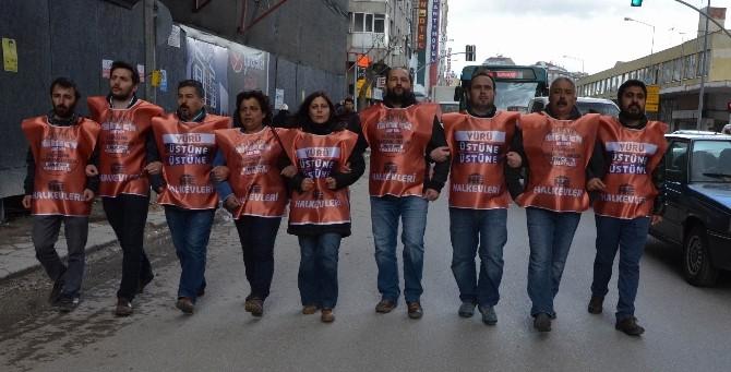 Eskişehir Halkevleri'nden AK Parti Binasına 9 Kişilik Temsili Yürüyüş