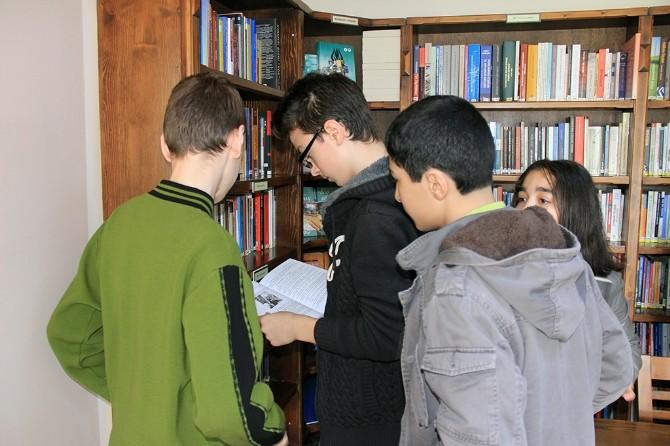 Faik Baysal Kütüphanesi Misafirlerini Ağırlamaya Devam Ediyor