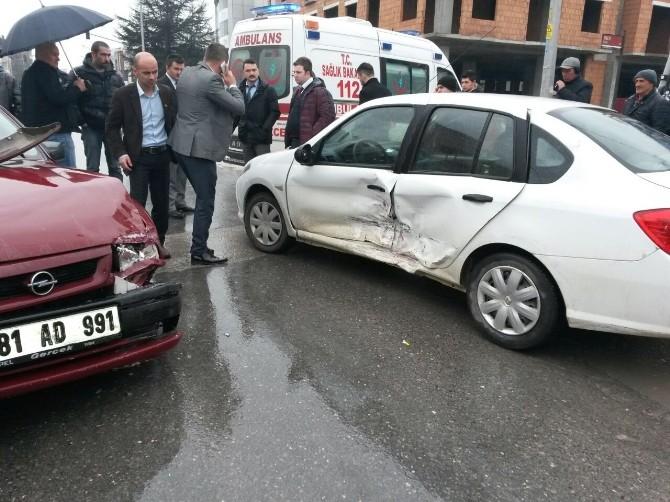 Atatürk Bulvarında Trafik Kazası 1 Yaralı