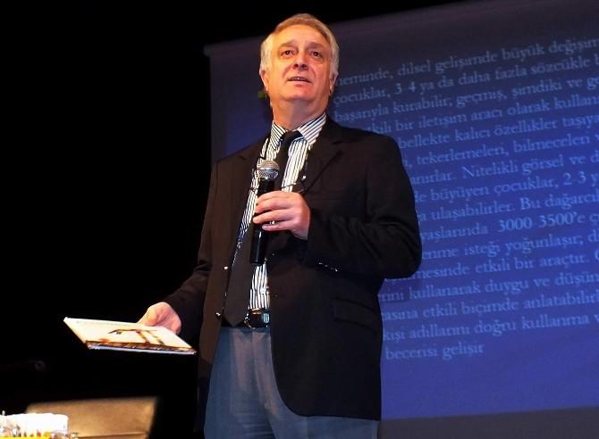 Prof. Dr. Sever: Her Kitap Çocuk İçin Bir Kanattır